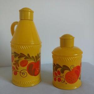 Vintage 1973 Avon PA Dutch Sonnet Containers